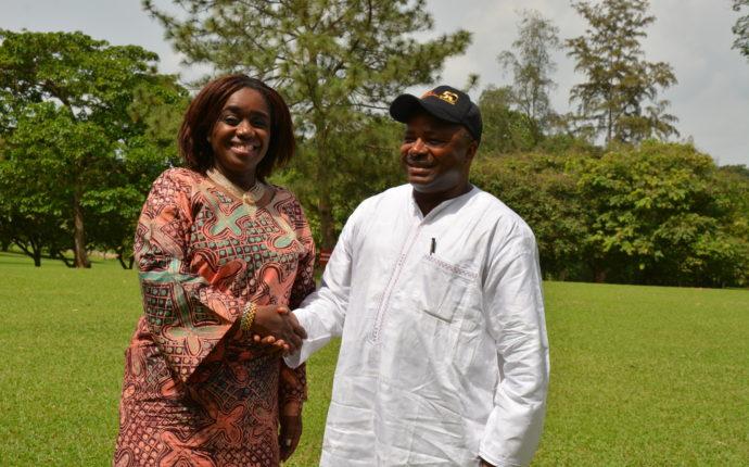 Iita Director General Nteranya Sanginga With Nigerian Minister Of Finance The Hon  Kemi Adeosun